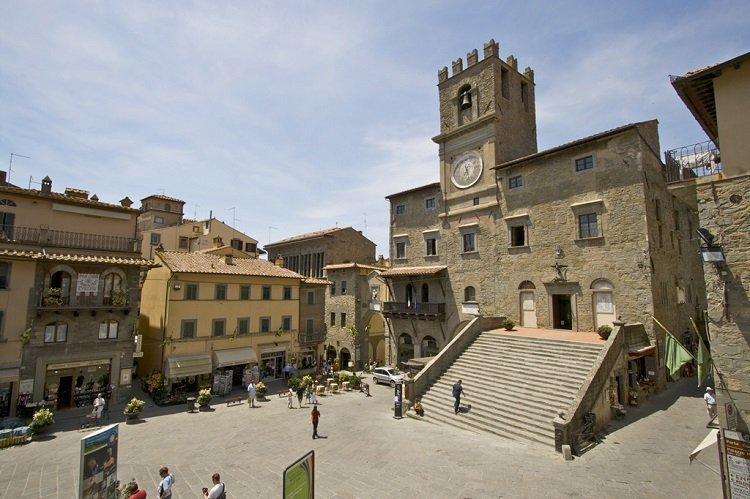 Arezzo 36