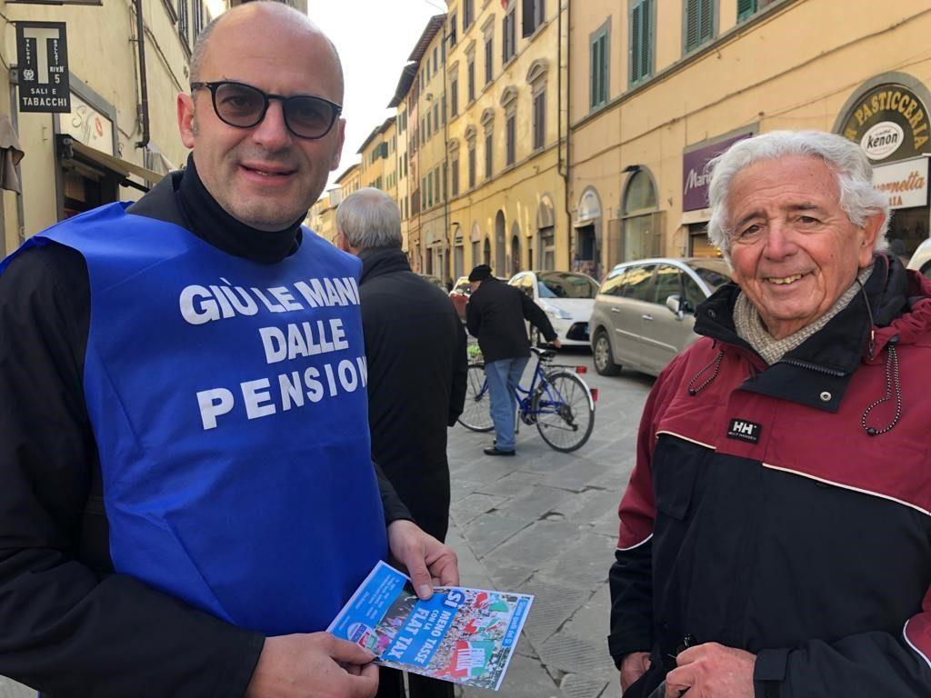 Ai gazebo ad Arezzo e Montevarchi per i 25 anni di Forza Italia 16