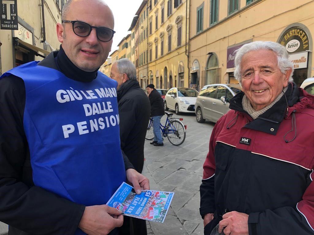 Ai gazebo ad Arezzo e Montevarchi per i 25 anni di Forza Italia 19