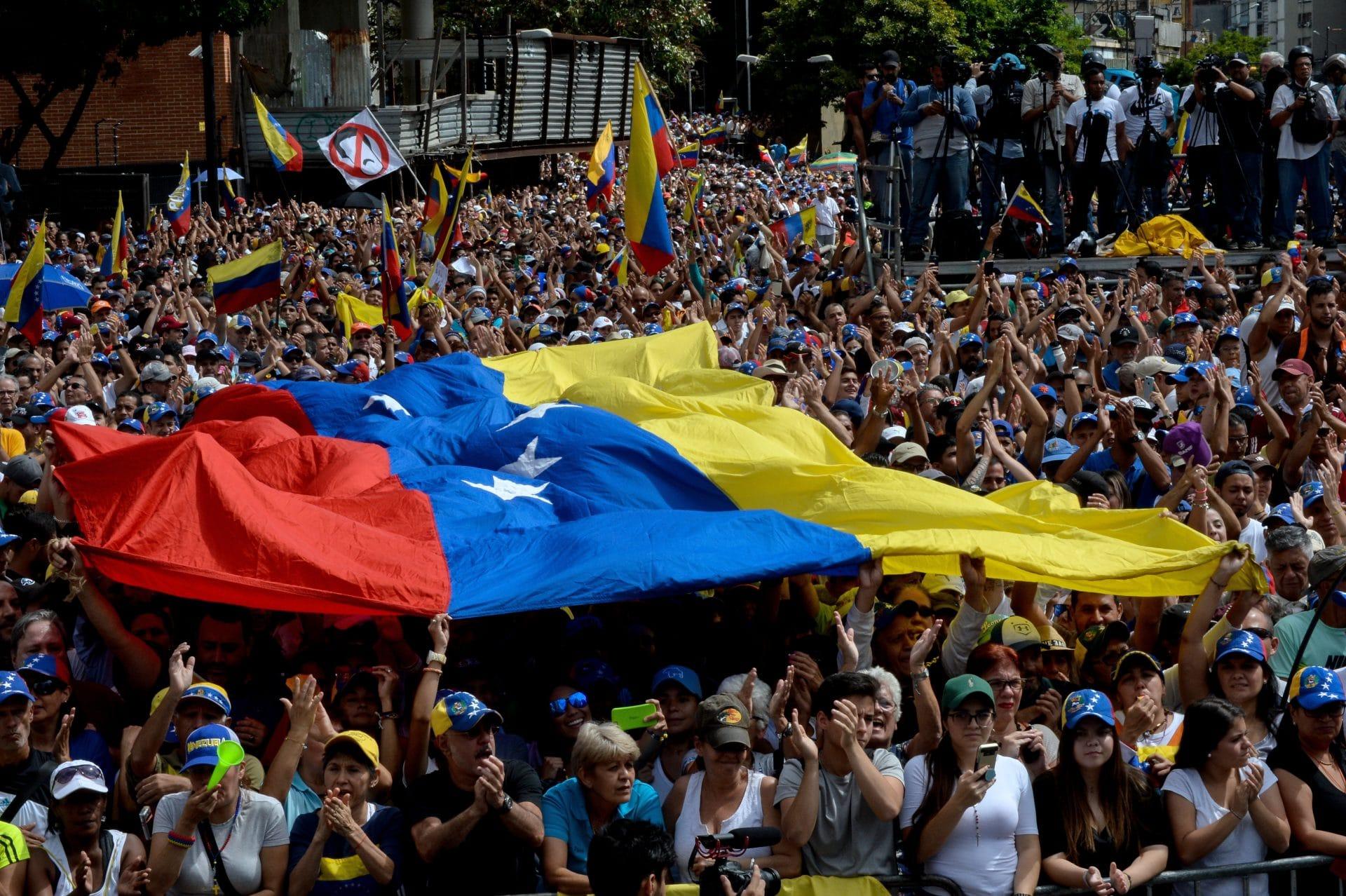 Venezuela: perché sosteniamo Nicolas Guaido