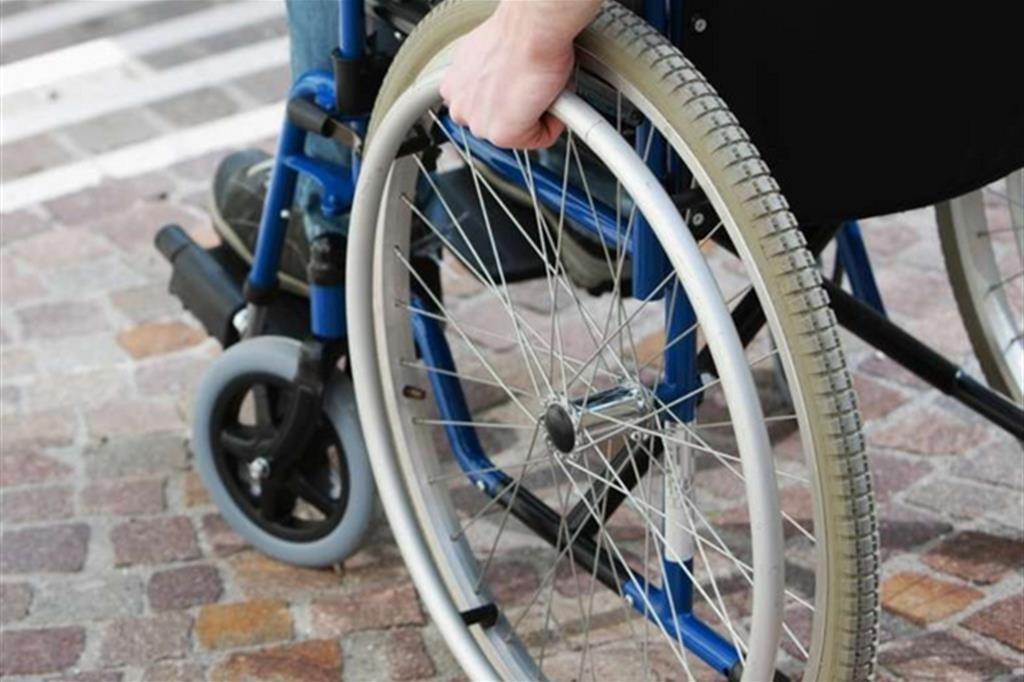 disabili commissioni