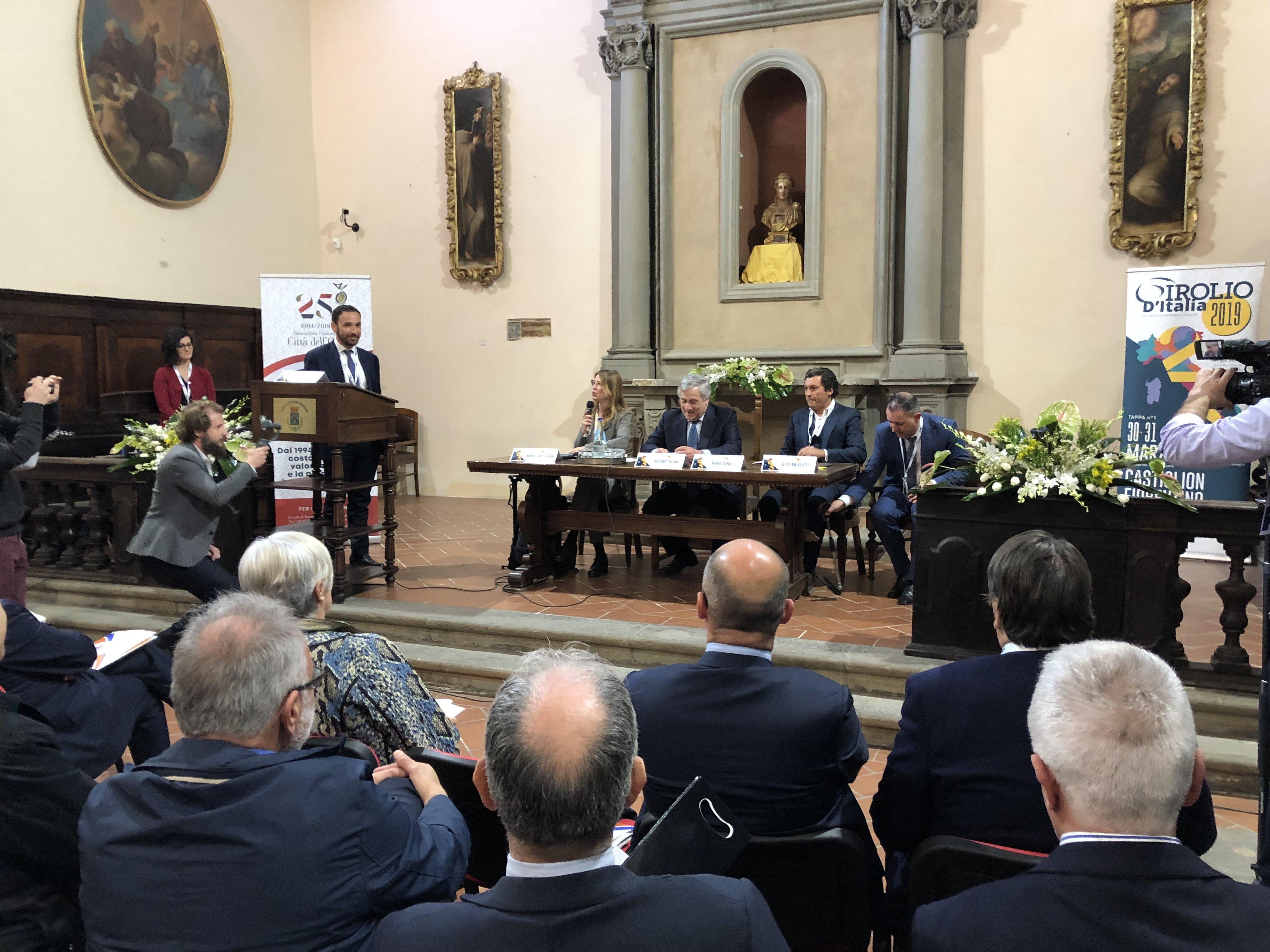 Tajani al girolio d'Italia a Castiglion Fiorentino 17