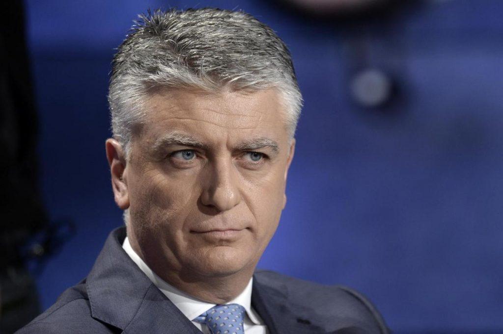 Massimo Mallegni Sanità Scuola