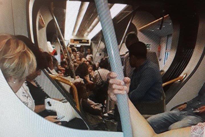 Giannelli: pendolari toscani, UN BOLLETTINO DI GUERRA. I VIAGGIATORI SONO ESASPERATI, URGE, DA PARTE DI TUTTI I SINDACI delle tratte Borgo san Lorenzo Firenze sia via faentina che via Pontassieve una convocazione urgente dell'Assessore Regionale ai Trasporti, che se non è in grado di svolgere il suo ruolo, nei confronti di Trenitalia, dovrebbe prenderne atto e dimettersi!!!