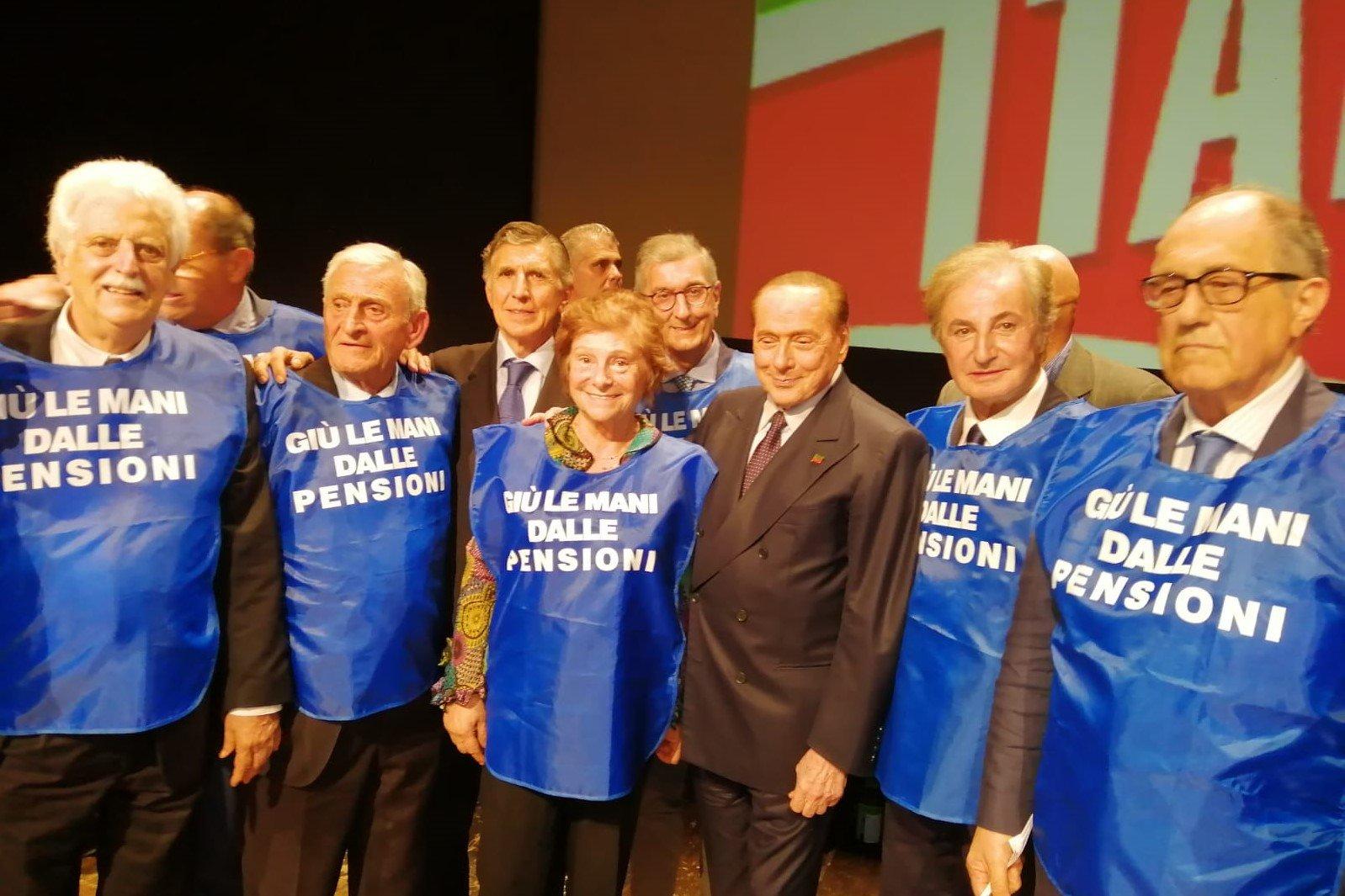 Seniores: Flash mob a tutela dei diritti degli anziani