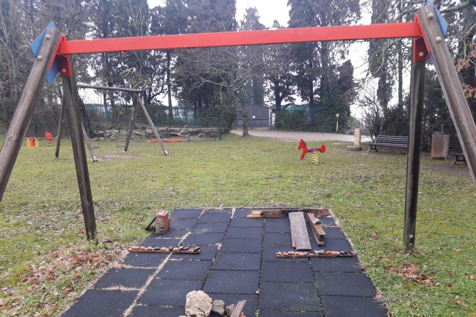 Vaglia, Giannelli: vergognoso stato del parco giochi per bambini