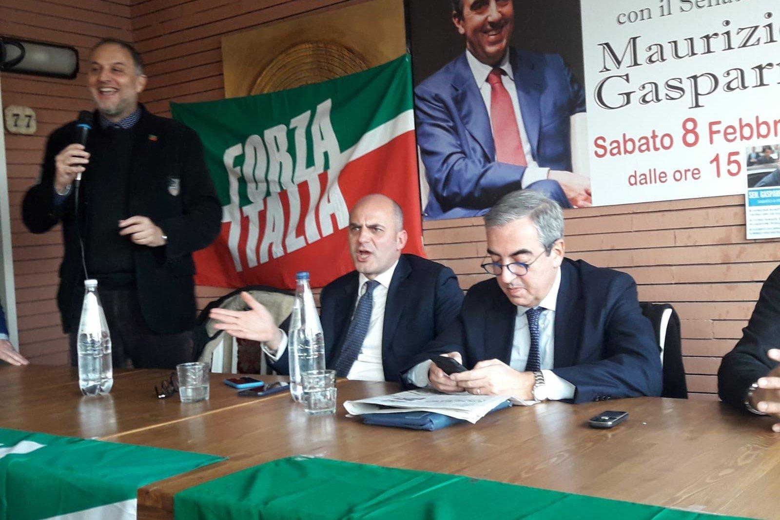 Scandicci, grande successo per l'incontro con Gasparri e Mugnai