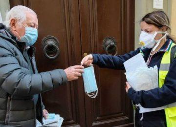 Martisca: Carrara zona rossa senza mascherine