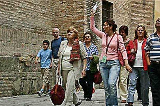 Stella: Guide turistiche, servono risorse a fondo perduto