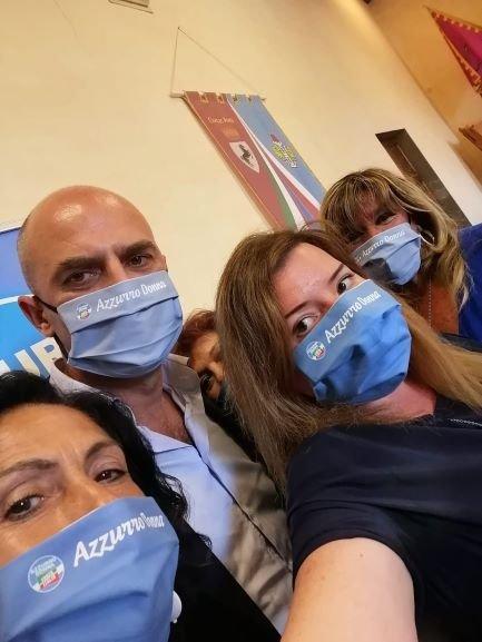 Azzurro Donna Stefano Mugnai