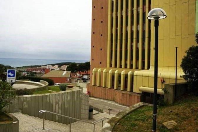 Piombino: Ascensore ospedale Villamarina ancora inattivo