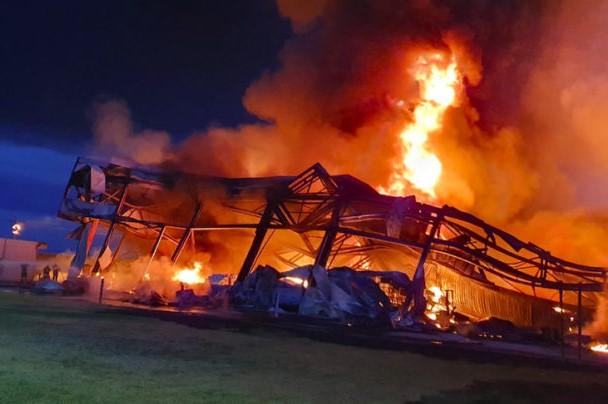 Incendio Silo Spa: Dopo 13 giorni ancora terribili miasmi