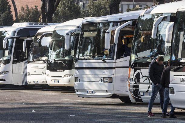 Mallegni: Servono Bus privati dedicati agli studenti