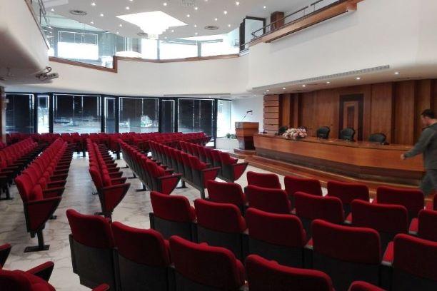 Benedetti: Riaprire il Centro Congressi di Marina di Massa