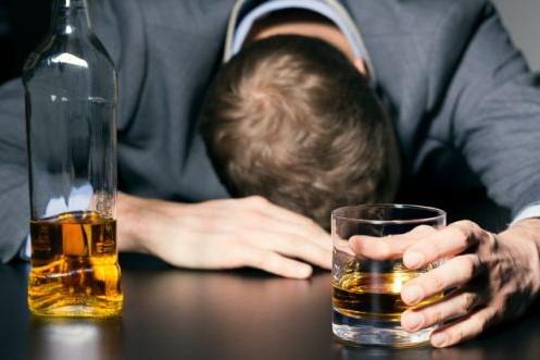 Lockdown: Boom consumo alcolici, occorre prevenzione