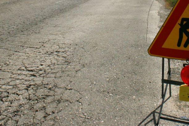 Scandicci, fallimentare l'asfaltatura in Via Europa