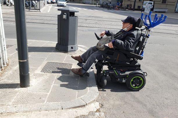 Disabili, Firenze SMN: passi avanti ma permangono problemi