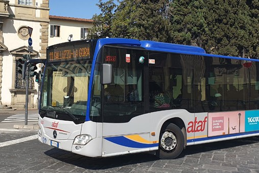 Ataf riduce gli autobus circolanti a scapito dei passeggeri