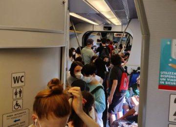 Treni: Faentina, tra assembramenti e vecchie automotrici