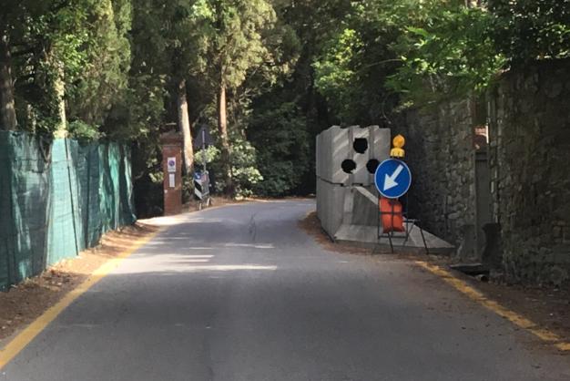 Fiesole: muro franato in via dei Bosconi