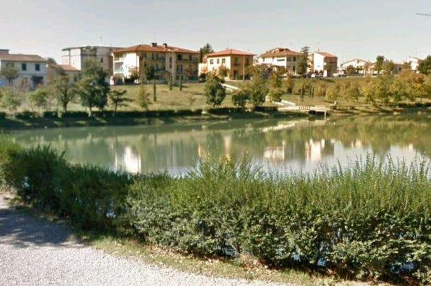 Vicchio: incuria dell'area intorno al lago di Montelleri