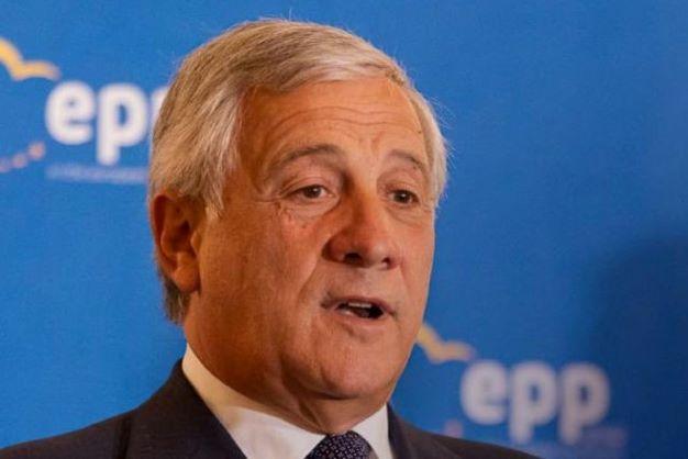 Green Pass, Tajani: il Pd non condanna gli anarchici